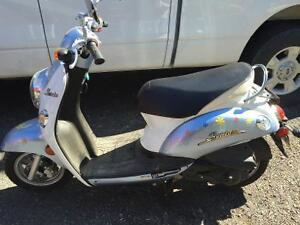 2009 50cc kymco scooter
