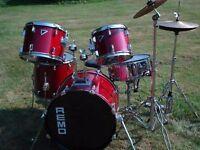 Remo Bravo II**** drum kit, good condition. ******
