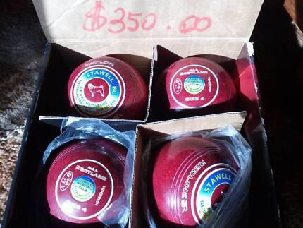 Bowling bowls Taylor redline sr size 4