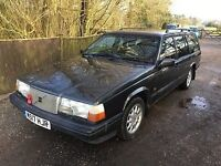 Volvo 940 Estate 2.4 Diesel manual (Green) July MOT-4 new Tyres, velour seats,good condition.