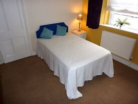 Room in smart shared house for Over 50s in Henleaze