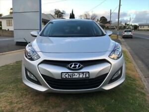 2013 Hyundai i30 GD MY14 Active 1.6 CRDi Sleek Silver 6 Speed Automatic Hatchback Young Young Area Preview
