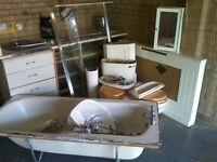 FREE - £1000 worth of bathroom / en-suite goods (mixed, job lot - take it away) !!!