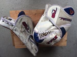 TPS goalie gloves