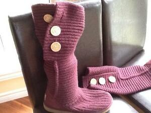 UGG Knit Boots Size 8 - Purple