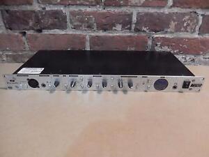Pré Ampli Rack Focusrite / Model Platinum Trackmaster Pro (110014054)