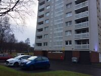 Spacious 2 Bedroom 3rd floor flat ideally located in Pollokshields off Shields Rd Avail Now