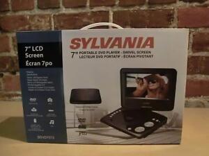 Lecteur DVD Sylvania Portatif écran 7 pouces comme neuf (i013679)