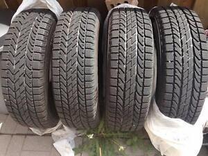 255/70R16Set of 2BFGoodrichWinter Tires Used90%tread left