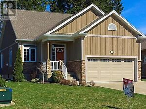 $449,000 - Home for Sale in Southampton
