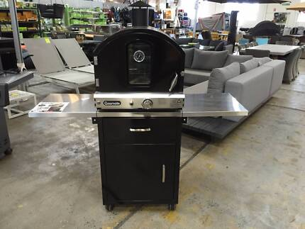 EX-DISPLAY Gasmate Pizza Oven with Deluxe Stand