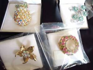 Beautiful FAC Pins & Brooches Swarovski Crystals - Brand new