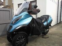 Breaking Piaggio MP3 250 all parts available engine toolbox