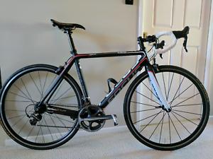 Road Bike Focus Cayo (M) - DuraAce - Full Carbon Slacks Creek Logan Area Preview