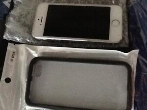 iPhone 5s/16gb  white silver screen protector charger $250