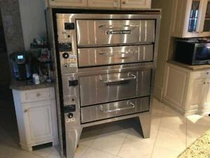 BAKERS PRIDE PIZZA OVENS ( MINT CONDITION )