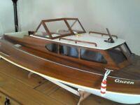 Aeronaut Queen rc boat