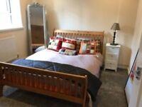 Amazingly cheap double room next to Tower Bridge