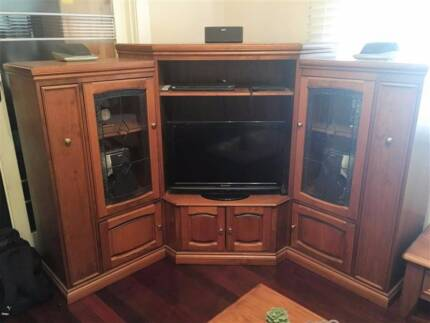 Entertainment and TV Unit