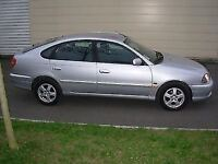 TOYOTA AVENSIS SILVER - for sale.