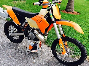 wanted Ktm 300 or 250 xc/xcw
