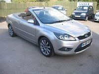 ford focus 2.0 convertible.