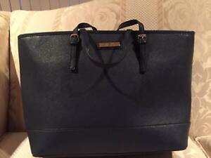 KARDASHIAN - Navy Blue Tote Bag Canberra City North Canberra Preview