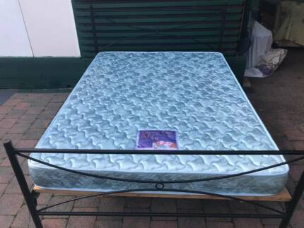 Excellent metal frame Queen Bed with almost new mattress