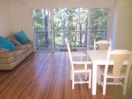 Couple Room - Picker Accomodation Emerald Beach/Heights