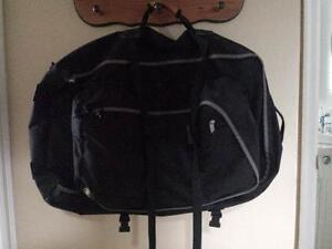 Outbound Large Black Backpack with Zip-off Day Backpack Kitchener / Waterloo Kitchener Area image 6