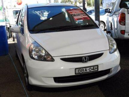2006 Honda Jazz GD MY06 VTi White 7 Speed Constant Variable Hatchback