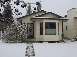 Spruce Grove - Millgrove - 2 bedroom single family home for sale