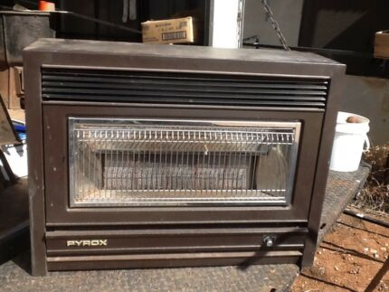 Gas heater,flue and mantel
