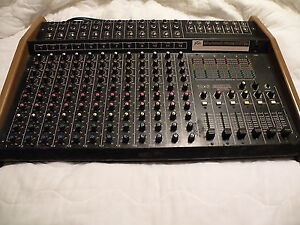 Peavey 16X6 monitor Mixer in road case