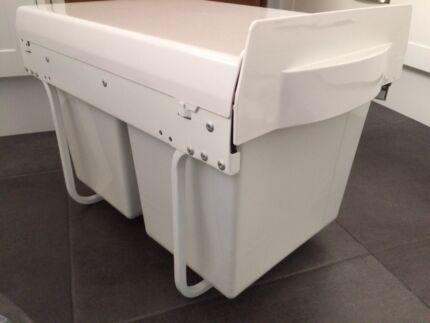 Slide out twin kitchen waste bin