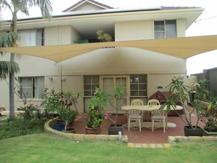 Sorrento Winter Special  -  Great Location, Private Palm Garden