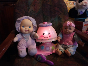 Fisher price light up lamp +2baby dolls vgc. Meadow Springs Mandurah Area Preview