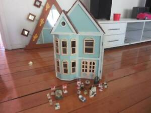 Doll House Bangalow Byron Area Preview