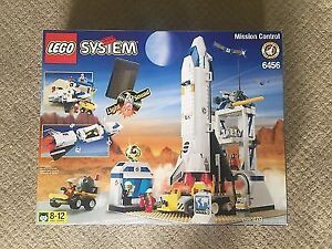 Lego System Mission Control (6456) Space Shuttle Used-complete