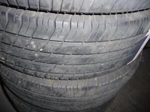 4 pneus d'été 195/70/14 Michelin Destiny, 40% d'usure, mesure 6/32. Très bons pneus.