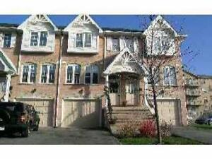 Wonderful 2 Bedroom Townhome in Burlington For Rent