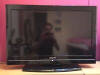 """32"""" TOSHIBA LCD TV FREEVIEW & USB FULL HD GREAT CONDITION GREAT WORKING ORDER CAN DELIVER BARGAIN"""