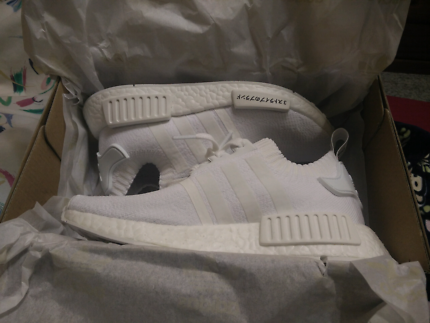 NEW adidas NMD_R1 Primeknit Japan Pack Triple White
