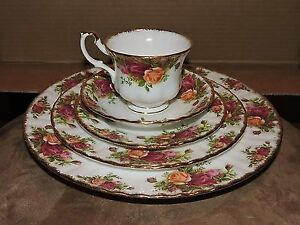 Trade 8 Piece old Country Rose China For.....