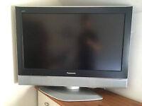 Panasonic 32 LCD TV has freeview