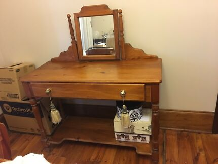 Lovely Vintage Dressing Table