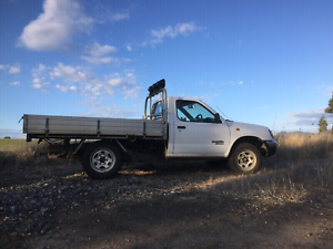 Nissan navara 2001 tray back Enfield Golden Plains Preview