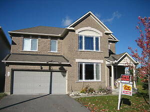 Gorgeous 4 Bedroom House in Barrhaven