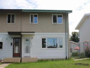 North Edmonton - Rosslyn - 3 bedroom duplex for sale!