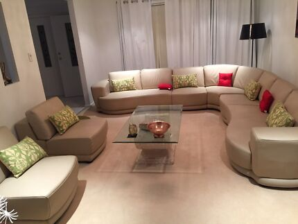 10 seater leather lounge, excellent condition